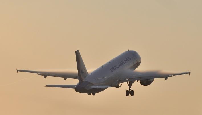 В Кольцово ожидается аварийная посадка самолета с 149 пассажирами на борту
