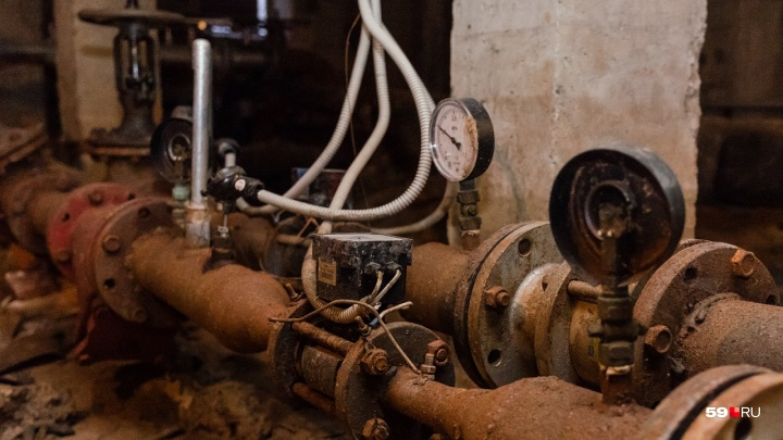 В Перми из-за ремонта сетей отключат воду в трех районах