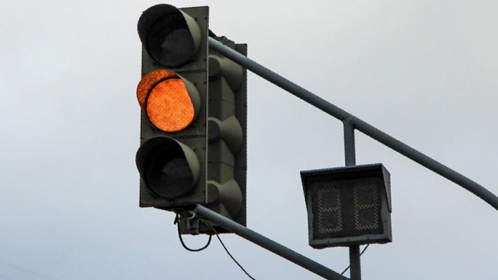 В Самаре ночью отключат светофоры на Московском шоссе