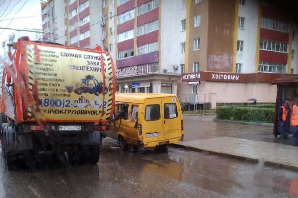 Инцидент произошел на улице Коммунистической