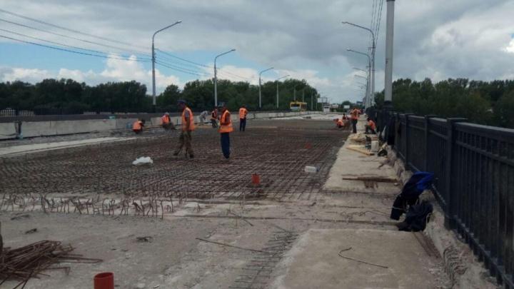 Ремонт Коммунального моста затянется до начала октября