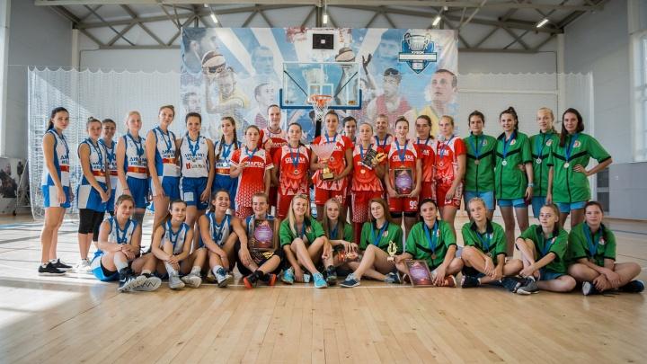 Молодцы, девчонки! Ярославский «Юнибаскет» провел турнир для команд Суперлиги