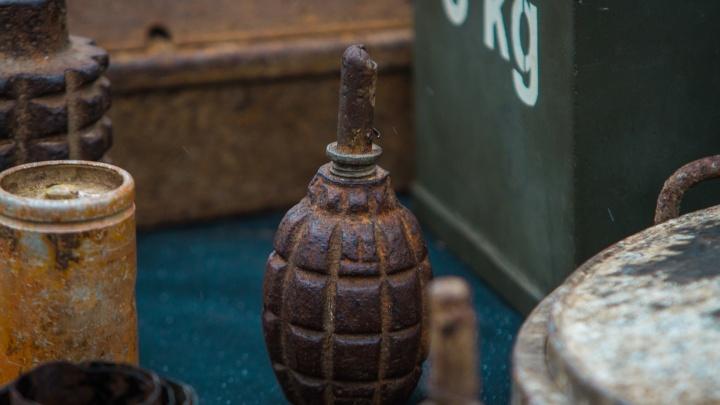 Купались в реке Миус: поисковики нашли снаряд времен Великой Отечественной войны
