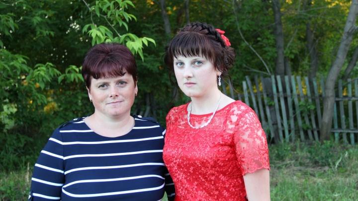 «Это самая страшная трасса»: под Новосибирском разбились выпускница и её семья
