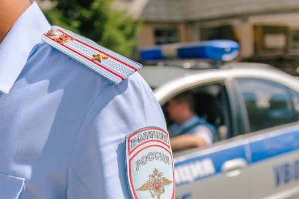 Ребенка искали полицейские и волонтеры