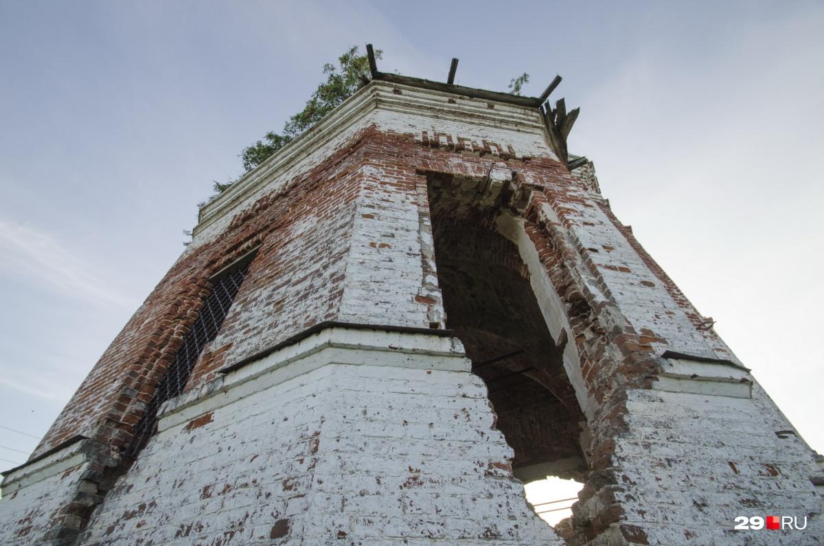 Так сегодня выглядит Никольская церковь, которую в советское время взрывали