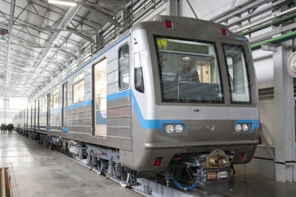 По дизайну составы сильно отличаются от тех, которые сегодня ходят в метро Екатеринбурга