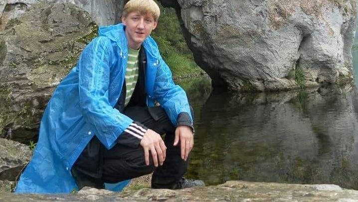 «Без помощи он погибнет»: в Екатеринбурге пропал парень, которого отпустили на выходные из больницы