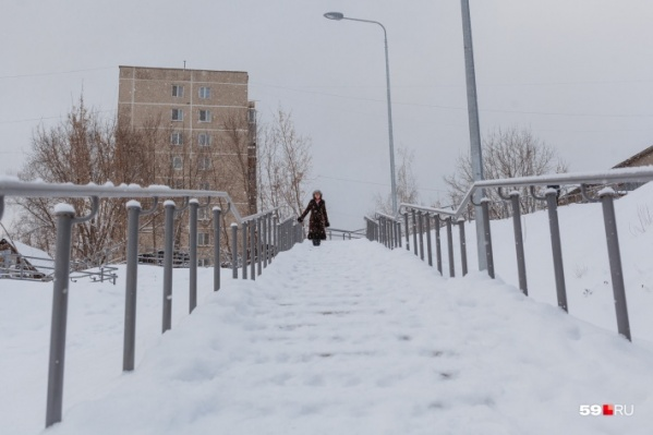 Сейчас на улице снег начинает активно таять