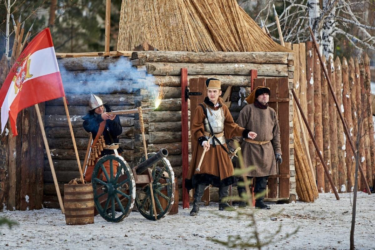 На исторической реконструкции «Первой обороны Севастополя» обещал быть сам адмирал Нахимов и молодой офицер Лев Толстой