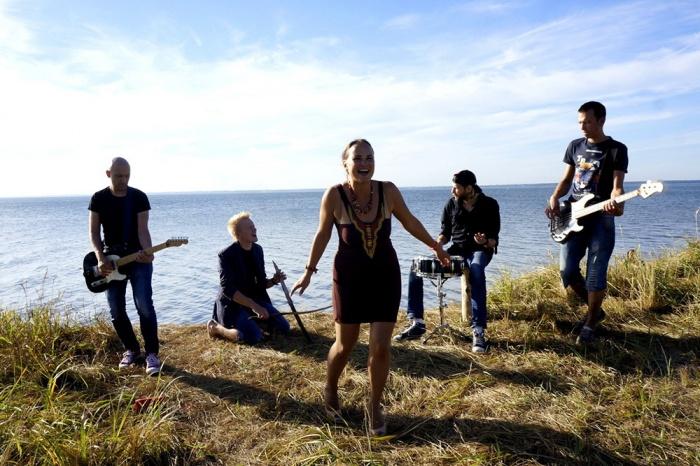 На съёмки нового клипа группа «Проверено» согласилась через 3 часа после предложения, а съёмки шли всего 1 день