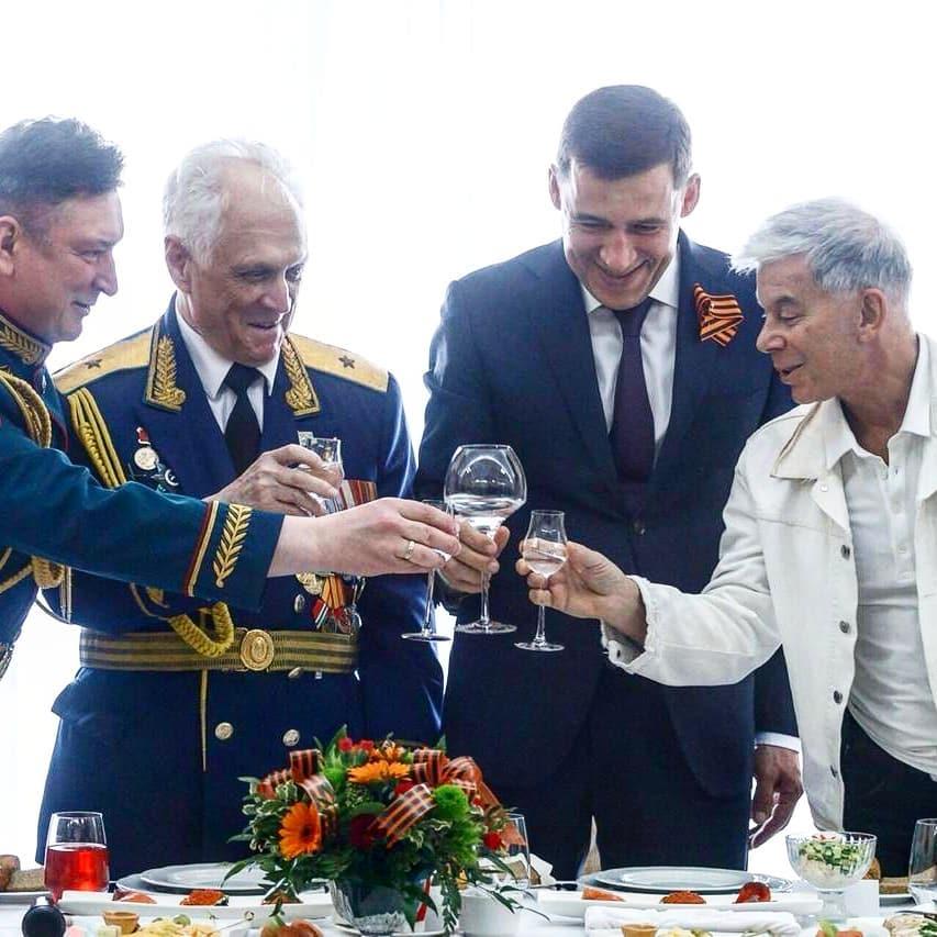 А губернатор и Олег Газманов готовились к вечернему концерту