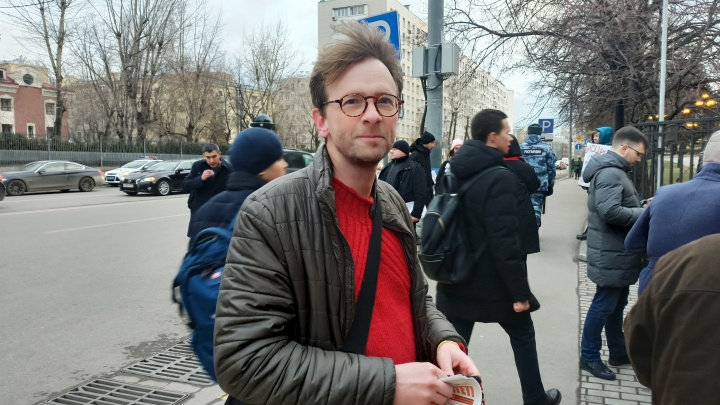 «Я устал, я просто посмотрю»: журналист из Франции приехал на пресс-конференцию Путина в 15-й раз