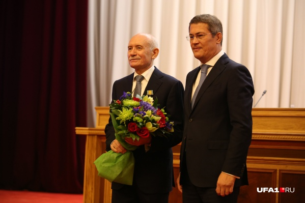 11 октября 2018 года Радий Хабиров сменил Рустэма Хамитова в кресле руководителя региона
