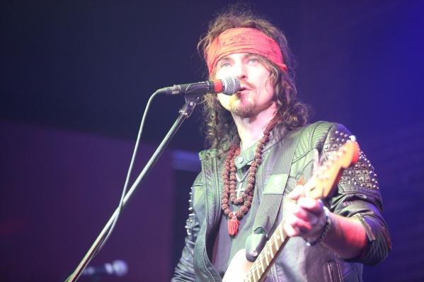 Игорь Тальков-младший занимается музыкальным творчеством с 15 лет, а первое его выступление состоялось в 2001 году