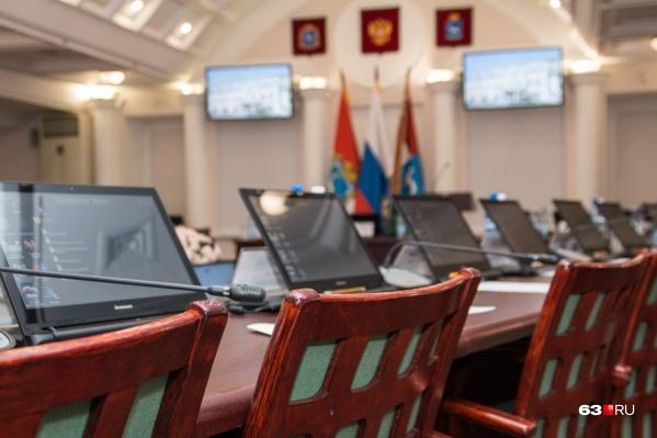 Место председателя комитета по ЖКХ освободилось ровно неделю назад
