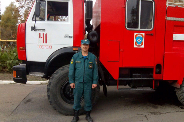 Андрея Новоселова во время спасения девочки подстраховали двое очевидцев