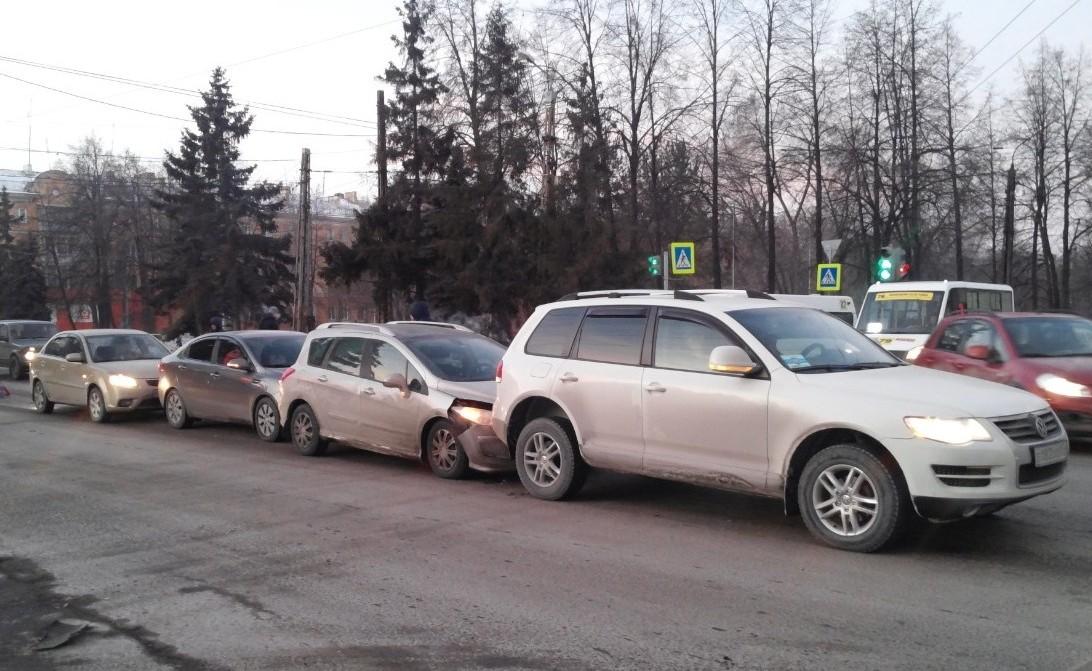 Эту аварию провели по европротоколу, но автовладельцы столкнулись с проблемами при выплатах