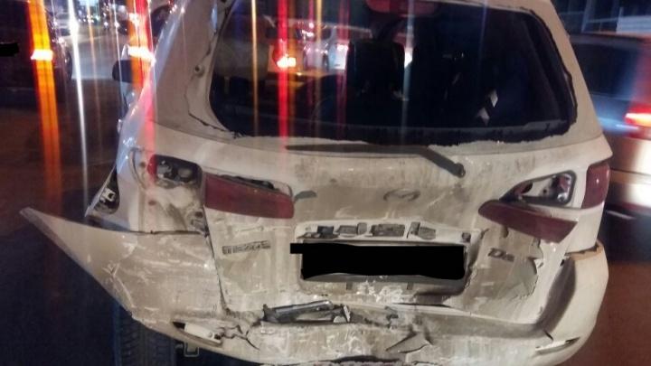 Перепутал педали: водитель Opel Astra устроил ДТП с участием четырех машин