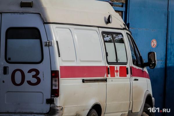 Двух детей отвезли в больницу