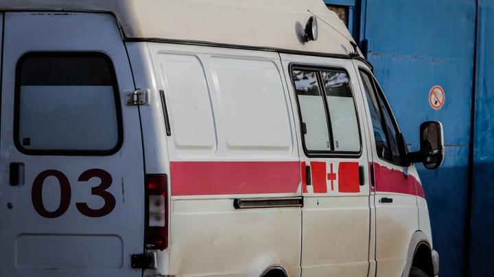 Не соблюдал дистанцию: в ДТП под Ростовом погиб мужчина, еще два ребенка пострадали
