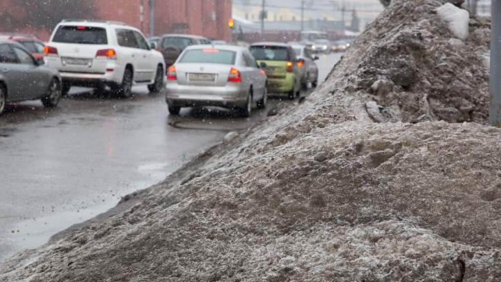 Будем плавить снег за 20 миллионов рублей: власти придумали, как лучше убирать город