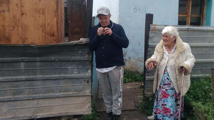 Бабушка, которая ест одуванчики, по-прежнему голодна. UFA1.RU разбирался, что пошло не так