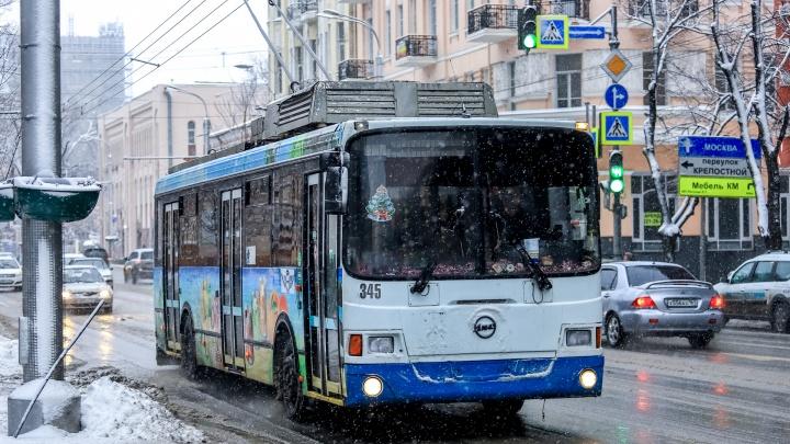 В Ростове приостановили движение троллейбусов № 8 и 12