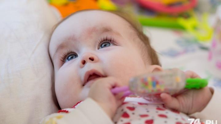 «Всё поправимо»: мама малышки, родившейся без пищевода, рассказала о спасении дочери