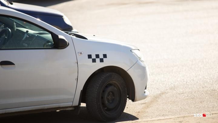 «Треть жизни проводим в пробках»: ростовский таксист — о маленькой зарплате и ненавистных маршрутах