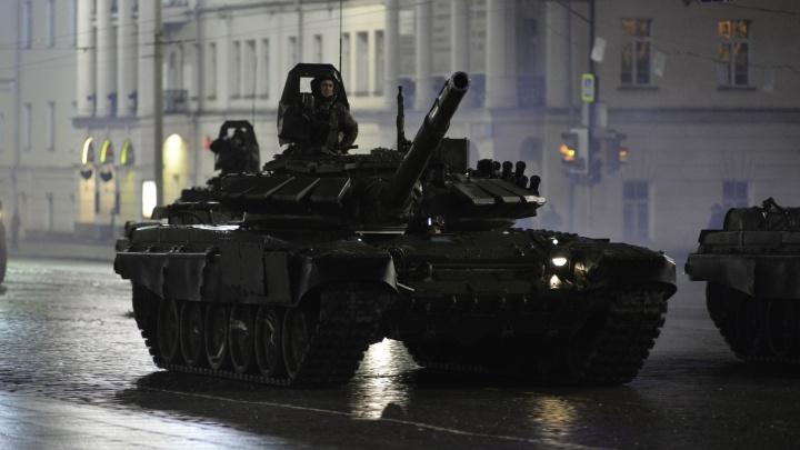 Улицы Екатеринбурга вечером перекроют из-за генеральной репетиции парада Победы