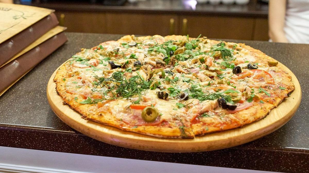 «Пиццбург» кардинально пересмотрел меню и вышел в город