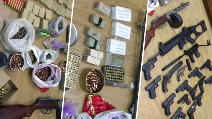 Арсенал по пакетам: бывшего самарского бизнесмена осудили за коллекцию оружия
