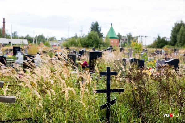 На Осташинском кладбище построили новые сектора для захоронений