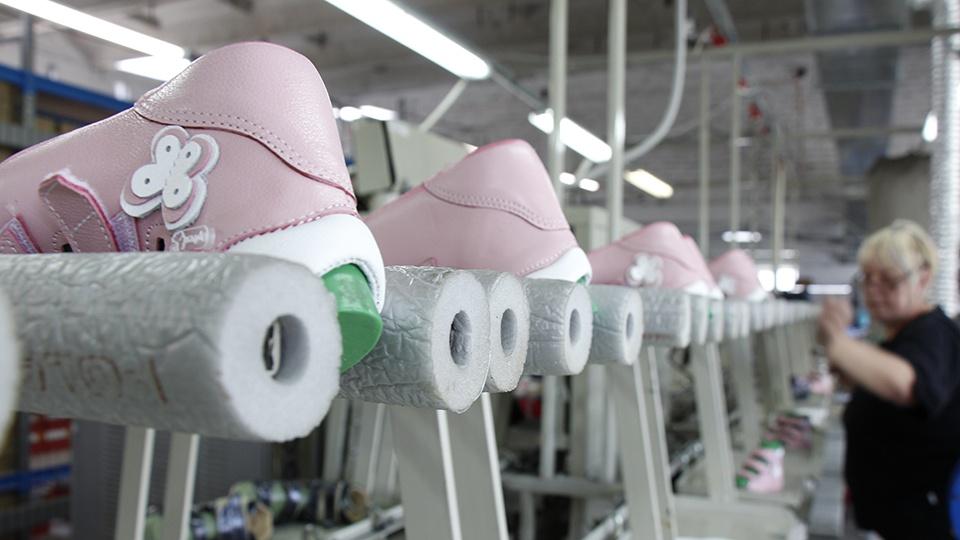 Правильная обувь, 3D-стелька и ортопедический корсет — компания с приставкой «орто» поделилась своими разработками