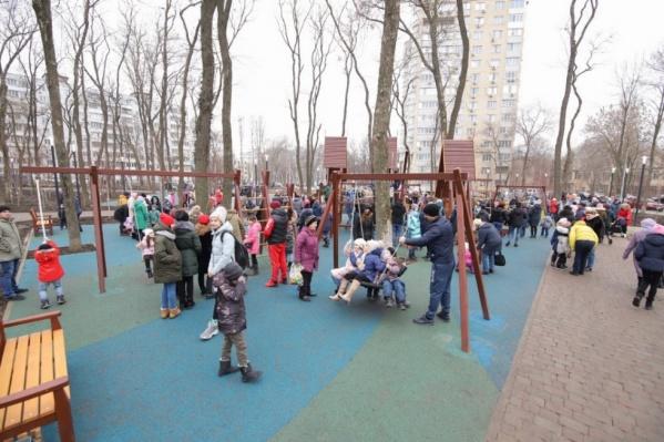 Реконструкция парка должна была закончиться еще 1 ноября
