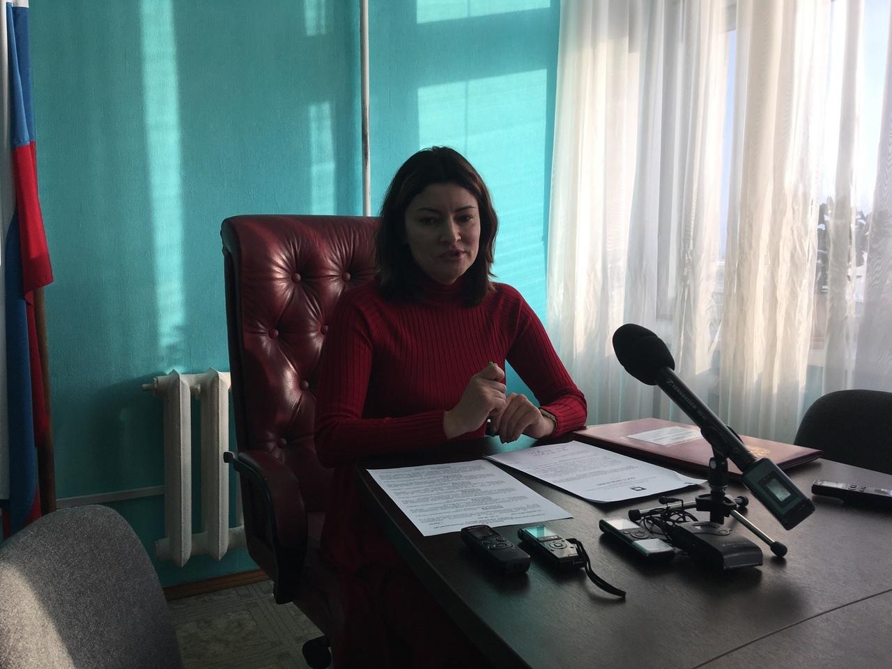 Ирина Гагарина отметила, что в некоторых районах жители раньше вообще не платили за мусор