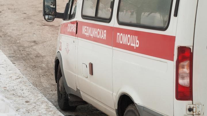 В Челябинской области группа людей напала на станцию скорой помощи