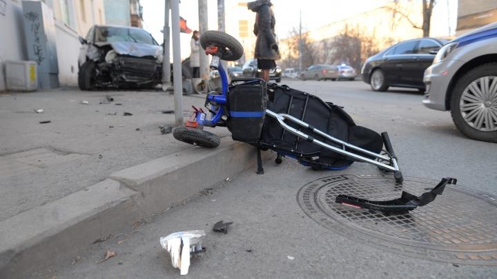 Остаётся только молиться: врачи сделали операцию малышу, которого сбила Honda на Фурманова