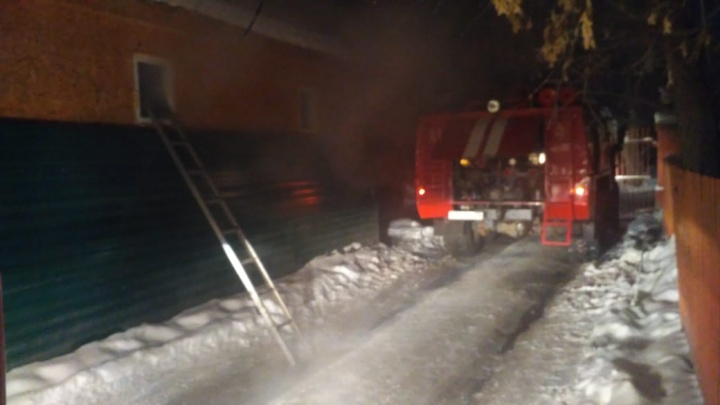 Под утро в Омске загорелась мечеть