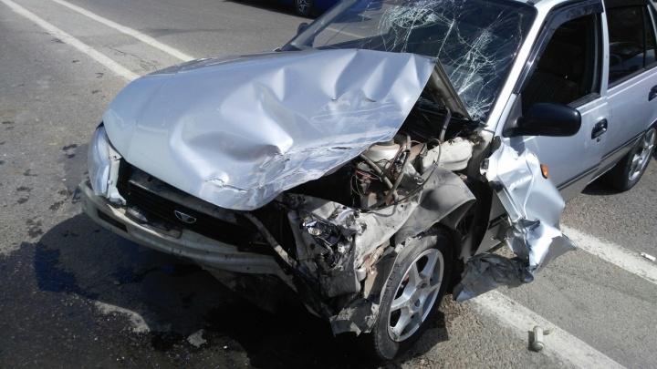 Волгоградец о тройном ДТП: «Водитель не был пристёгнут и головой пробил лобовое стекло»
