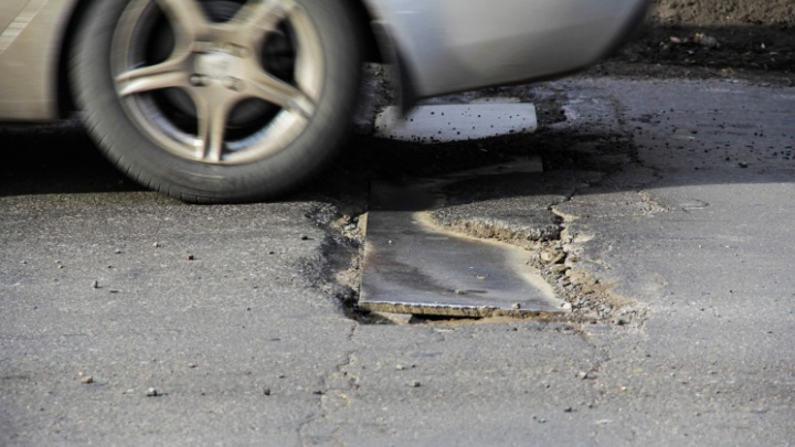 В проблемах с ростовскими дорогами обвинили 60 переходов температуры через ноль за зиму