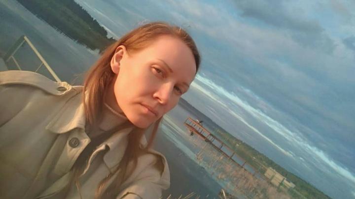 «Втайне провели суд»: пермскую активистку осудили на 150 тысяч рублей за участие в майском шествии