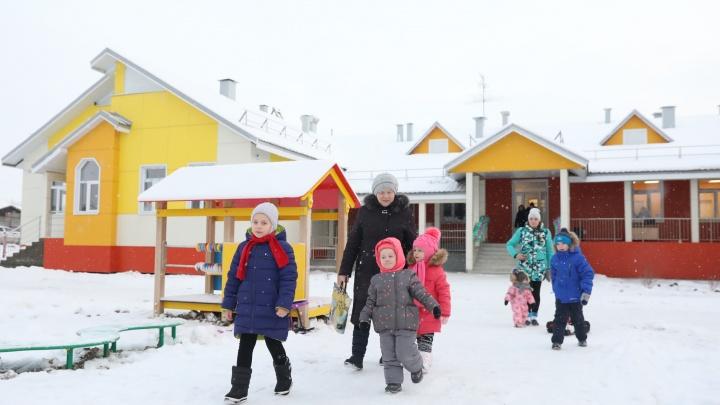 «Игрушки есть, мебель расставлена»: в Турдеевске сдали новое здание детского сада