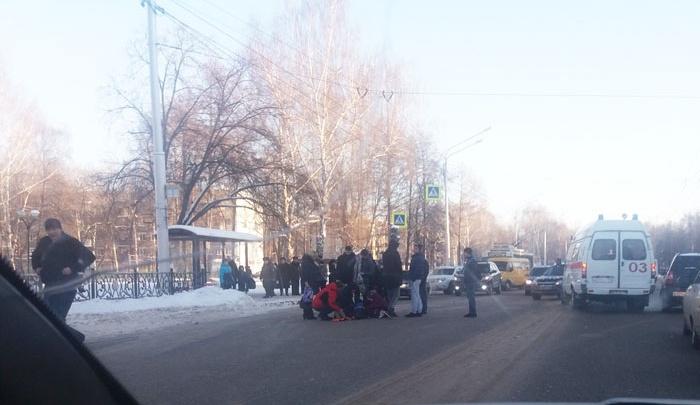В Стерлитамаке водитель сбил на пешеходном переходе двух сестер