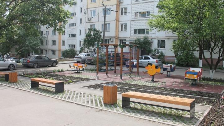 Некомфортная среда: новые детские площадки в Ростове уже начинают разрушаться
