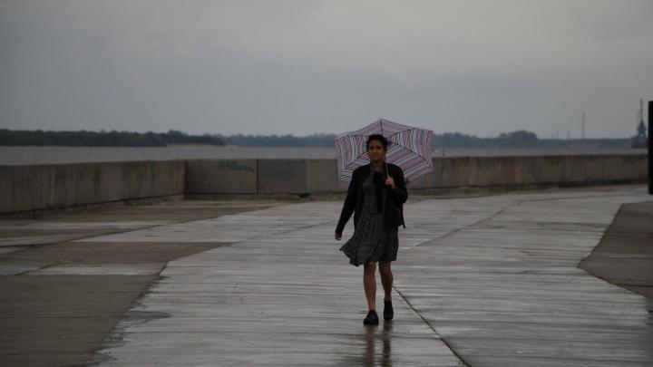 Грозы и град: Поморье встретит начало недели непогодой