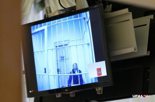 Освобождение из-под стражи полицейских, обвиняемых в Уфе в изнасиловании, оказалось «уткой»