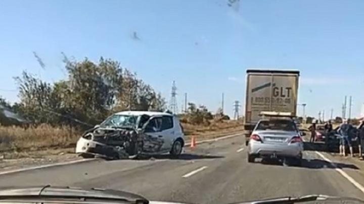 «Уснул за рулём»: под Волгоградом в массовой аварии один погибший и четверо раненых