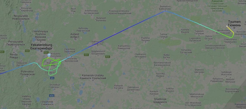 Самолет из Сочи сделал несколько кругов над Кольцово и улетел в Тюмень